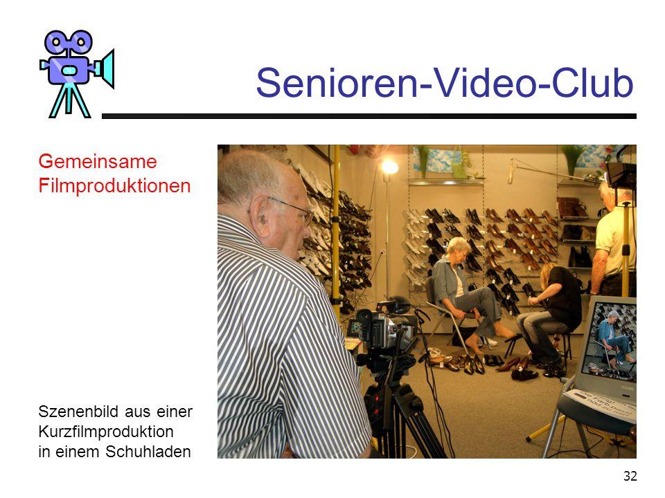 """31 Senioren-Video-Club Szenenbild einer Demonstration des """"Blue-Box""""-Effektes Demonstrationen von Programmen Geräteschulung"""