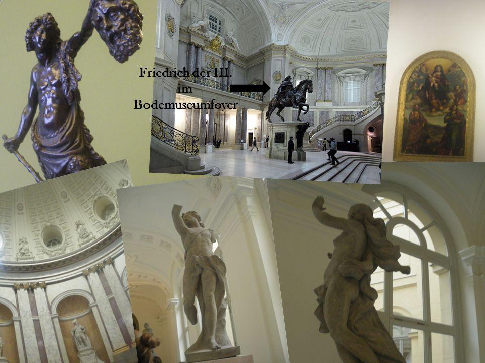 Nachmittag haben wir das Bode Museum besichtigt.