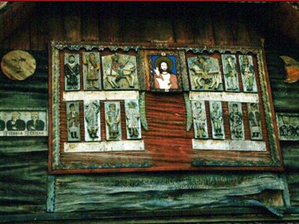 Bevor man den Hof des Meisters betritt lohnt ein Blick auf den Giebel des Hauses.