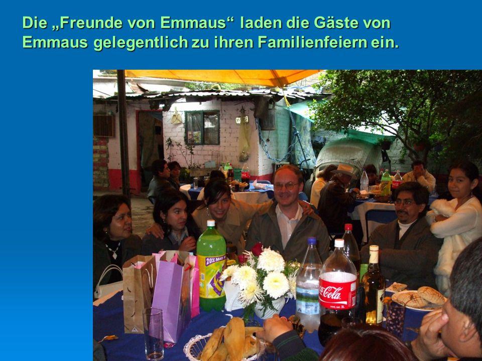 """Die """"Freunde von Emmaus"""" laden die Gäste von Emmaus gelegentlich zu ihren Familienfeiern ein."""