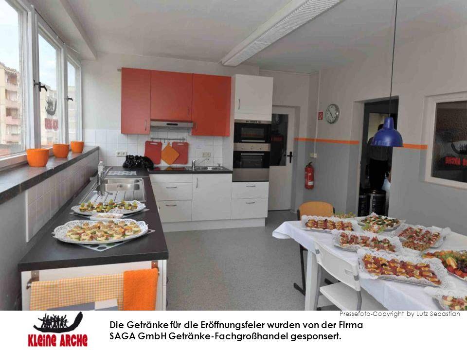 Pressefoto-Copyright by Lutz Sebastian Die Getränke für die Eröffnungsfeier wurden von der Firma SAGA GmbH Getränke-Fachgroßhandel gesponsert.