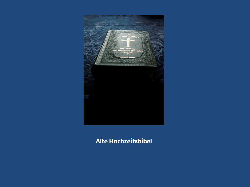 Alte Hochzeitsbibel