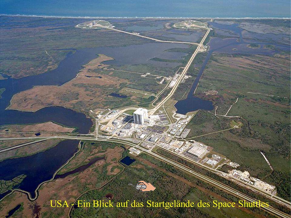 Präsentation Unser Sonnensystemm Atlantis - Autor : JACHO alias Honzíno 974 bitt weiter klicken Es ist 16:39:41 Uhr !!!