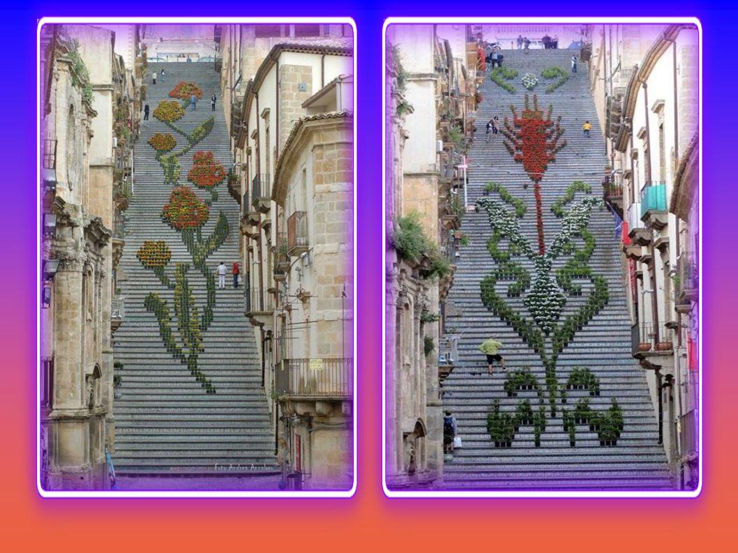 Jedes Jahr wird beim Blumenfest in Caltagirone die Treppe von Santa Maria del Monte mit Topfpflanzen dekoriert.
