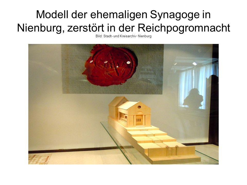 Modell der ehemaligen Synagoge in Nienburg, zerstört in der Reichpogromnacht Bild: Stadt- und Kreisarchiv Nienburg