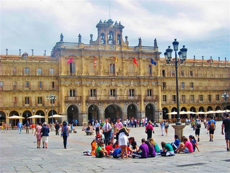 Die Plaza Mayor, auf der früher u. a.