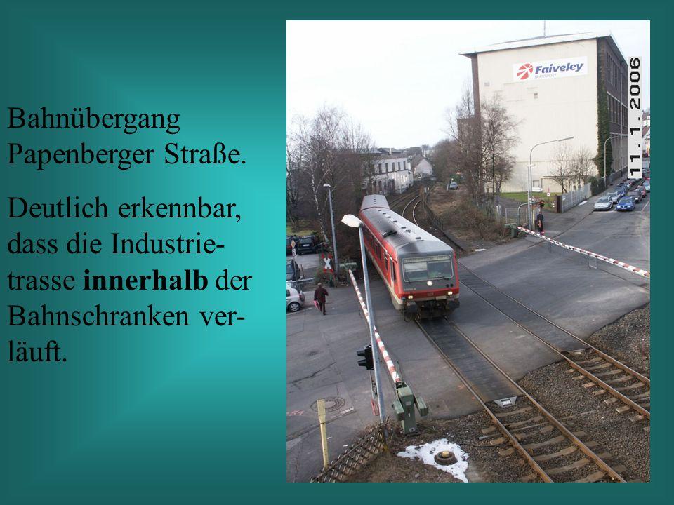 Bahnübergang Papenberger Straße.