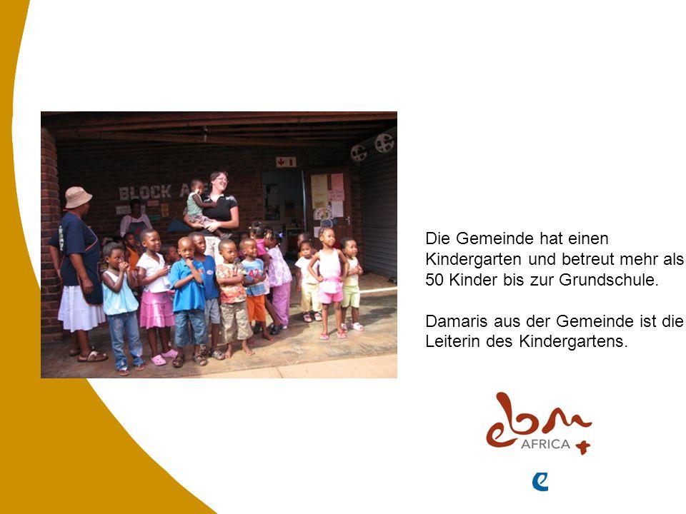 Die Gemeinde hat einen Kindergarten und betreut mehr als 50 Kinder bis zur Grundschule.