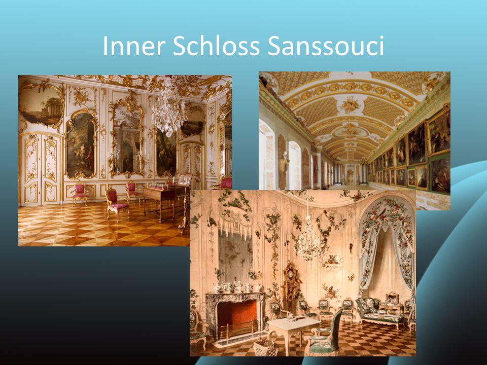 """""""Sans souci heißt auf Deutsch """"ohne Sorgen .Im Schloss lebte Friedrich II."""