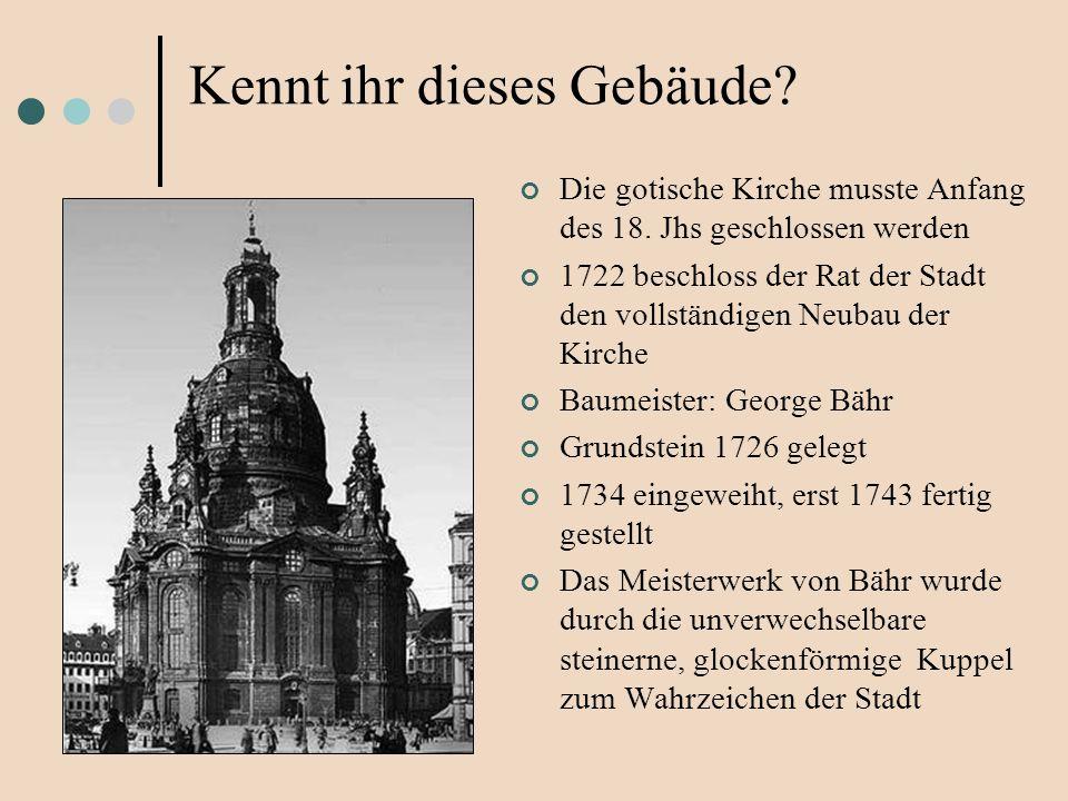 Die gotische Kirche musste Anfang des 18. Jhs geschlossen werden 1722 beschloss der Rat der Stadt den vollständigen Neubau der Kirche Baumeister: Geor