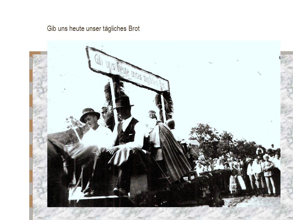 Reiter, die den Zug begleiteten