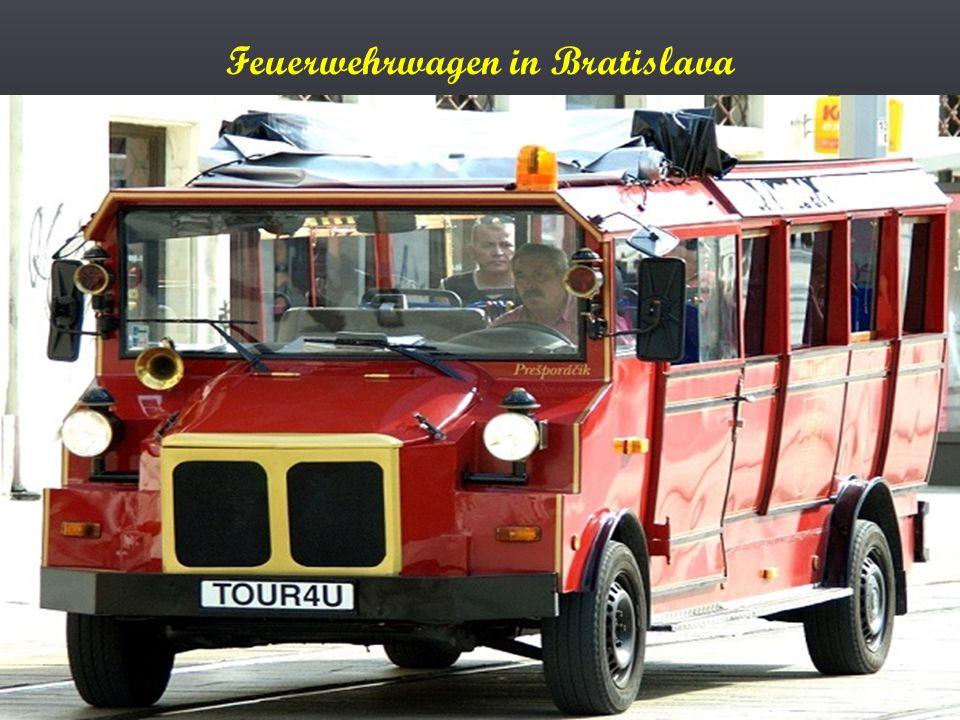 Ein Saurer Postbus