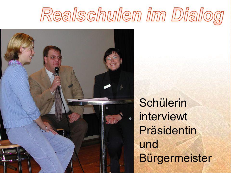 Schülerin interviewt Präsidentin und Bürgermeister