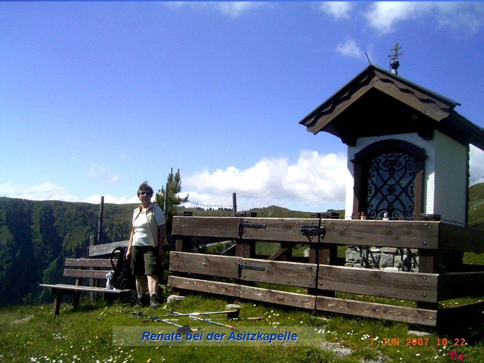 Renate bei der Asitzkapelle 