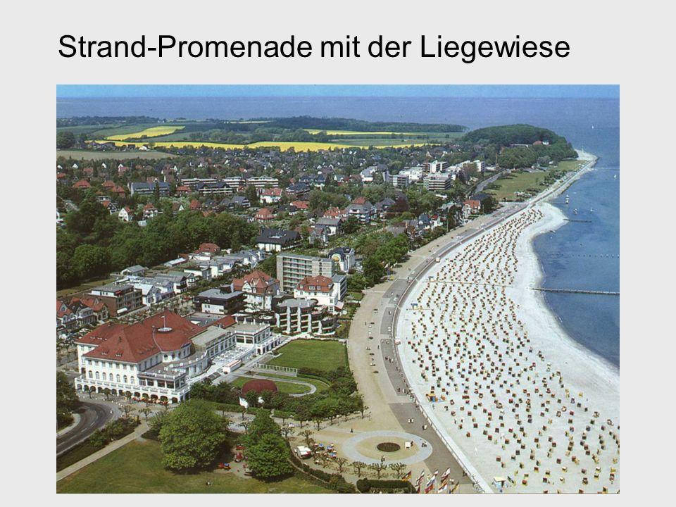 Strand-Promenade mit der Liegewiese