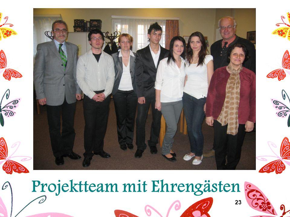 23 Projektteam mit Ehrengästen