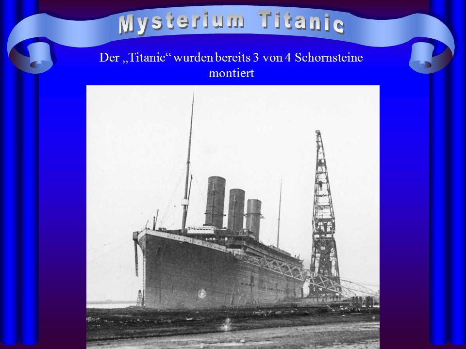 """Der """"Titanic"""" wurden bereits 3 von 4 Schornsteine montiert"""