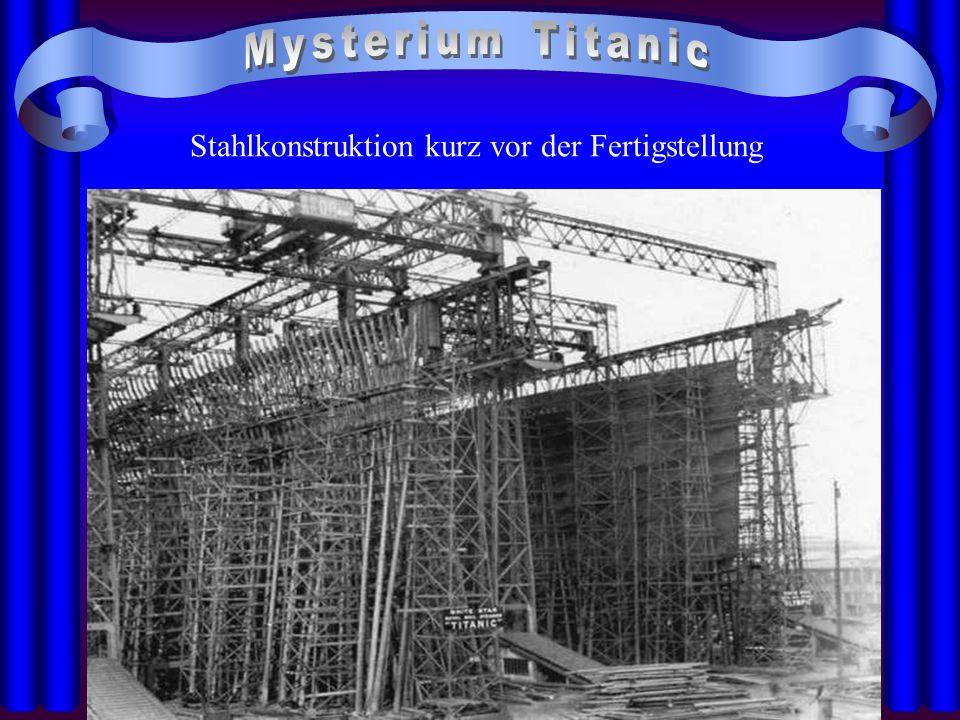 Stahlkonstruktion kurz vor der Fertigstellung