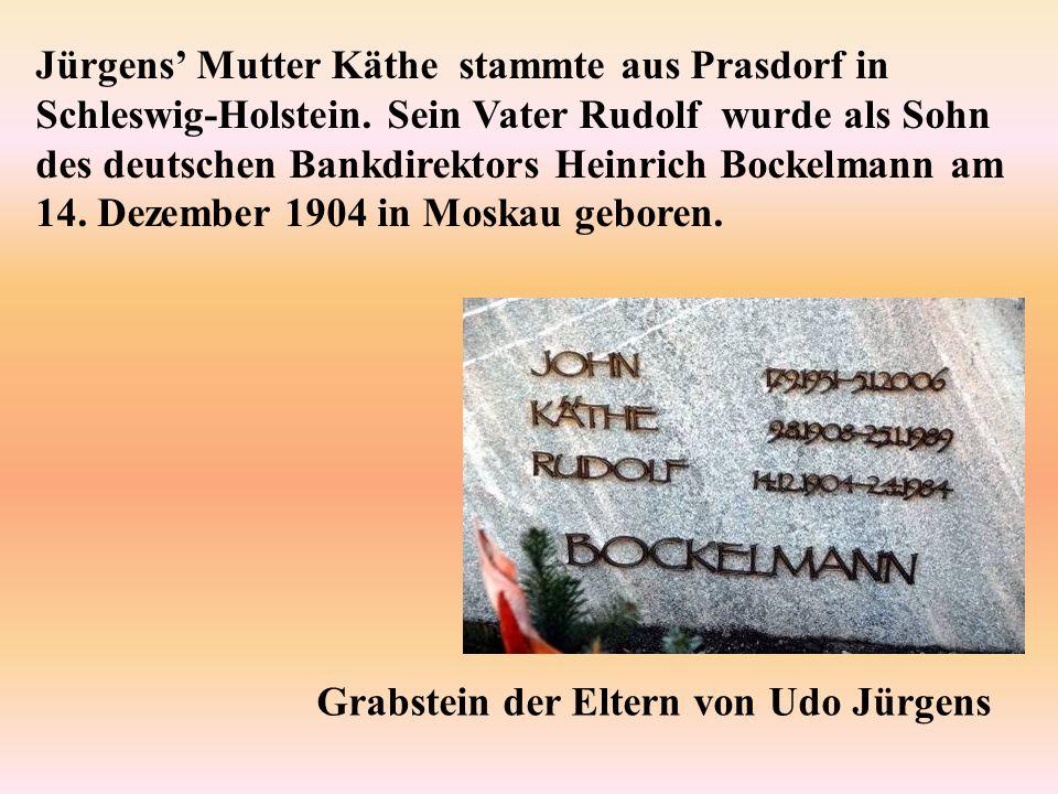 Jürgens' Mutter Käthe stammte aus Prasdorf in Schleswig-Holstein. Sein Vater Rudolf wurde als Sohn des deutschen Bankdirektors Heinrich Bockelmann am