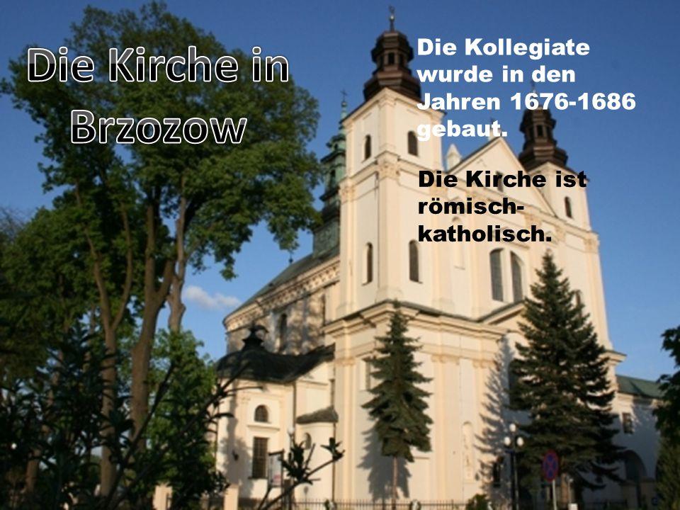 Die Kollegiate wurde in den Jahren 1676-1686 gebaut. Die Kirche ist römisch- katholisch.