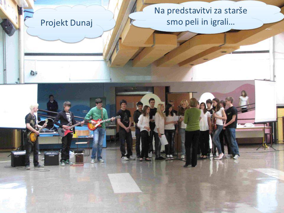 Na predstavitvi za starše smo peli in igrali… Projekt Dunaj
