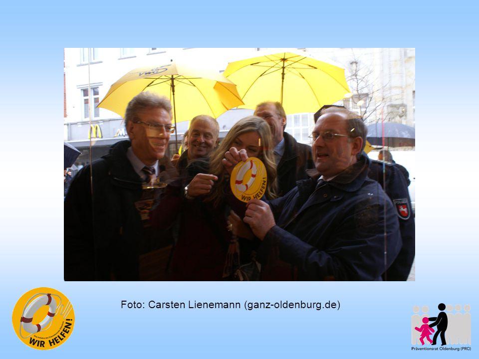 Weiterführung Homepage seit Januar 2011 www.rettungsring-oldenburg.de vergrößerte Projektgruppe ein neuer Schwerpunkt: Defibrillatoren (u.