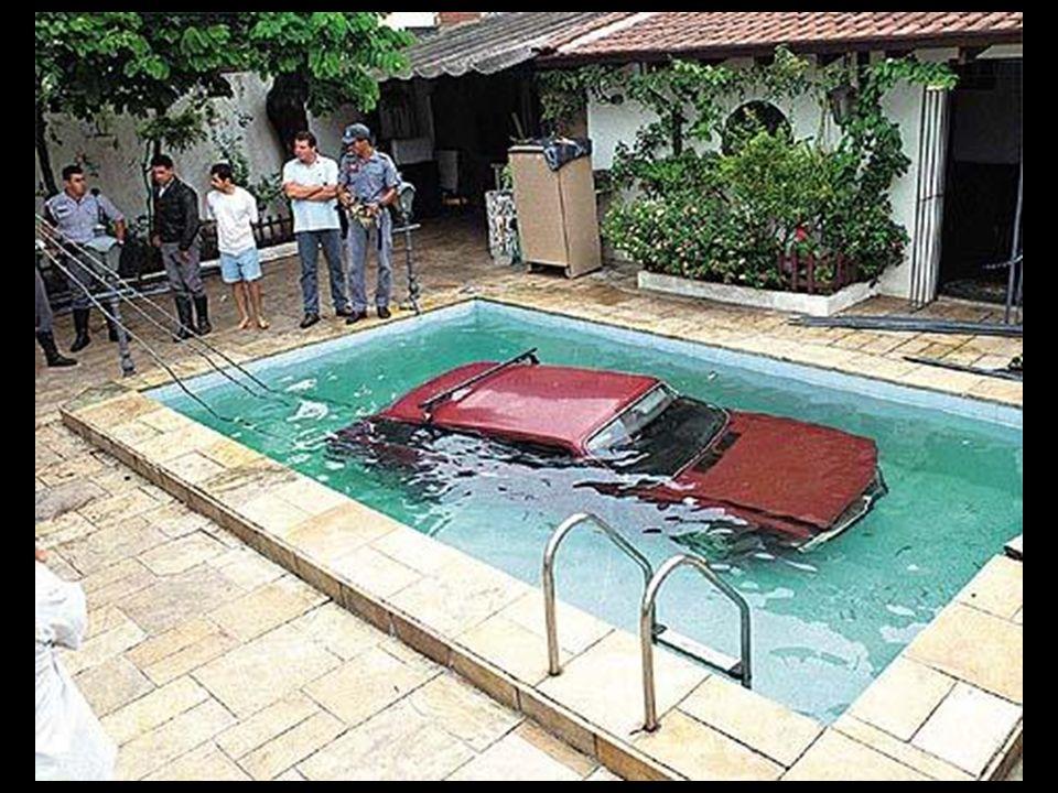 Die Ehefrau ruft ihren Mann auf Arbeit an: - Halo Schätzen, ich hatte ein kleines Problem mit dem Auto...
