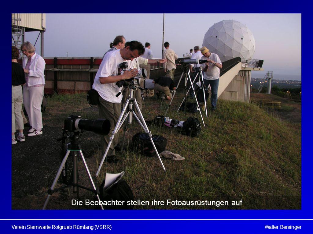 Walter BersingerVerein Sternwarte Rotgrueb Rümlang (VSRR) Die Beobachter stellen ihre Fotoausrüstungen auf