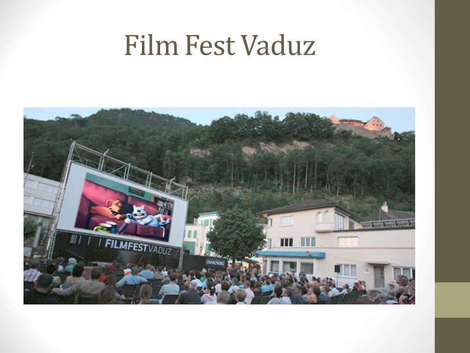 Film Fest Vaduz Der Verein Film Fest Vaduz führt jeden Sommer ein Open-Air- Kino durch. 1996 startete das Film Fest auf dem Dach der Marktplatzgarage,