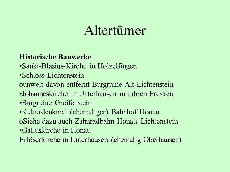 Altertümer Historische Bauwerke Sankt-Blasius-Kirche in Holzelfingen Schloss Lichtenstein ounweit davon entfernt Burgruine Alt-Lichtenstein Johanneski