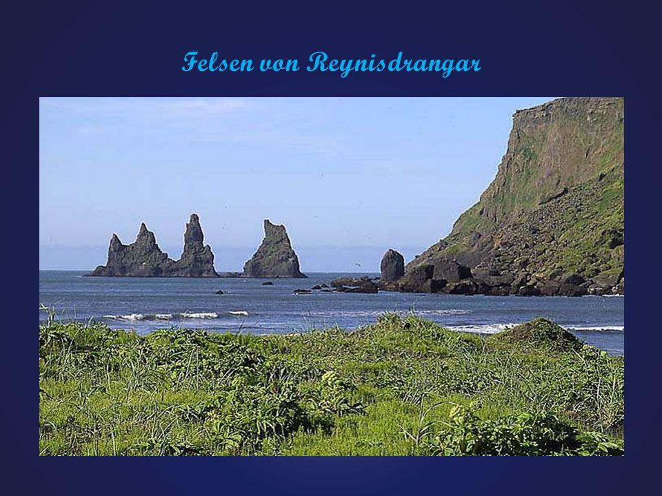 Felsen von Reynisdrangar