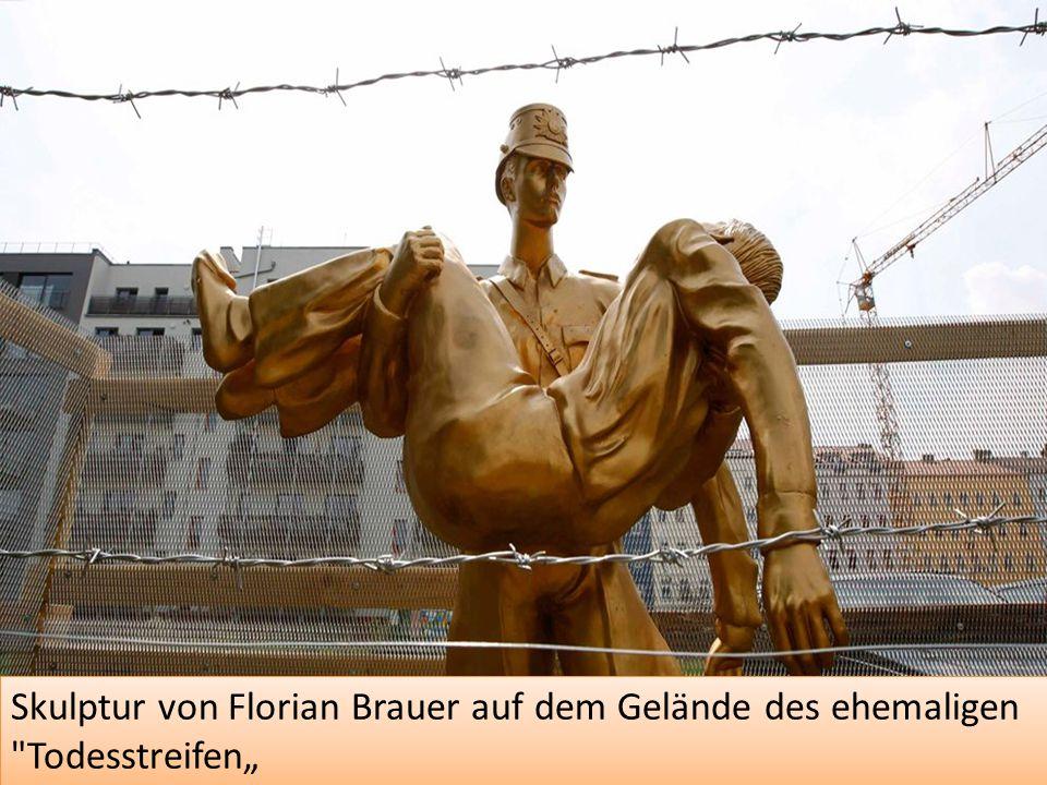 """Skulptur von Florian Brauer auf dem Gelände des ehemaligen Todesstreifen"""""""