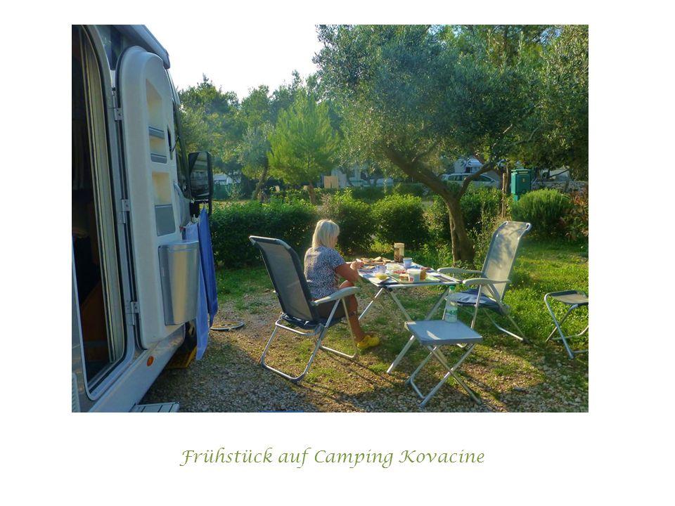 Frühstück auf Camping Kovacine