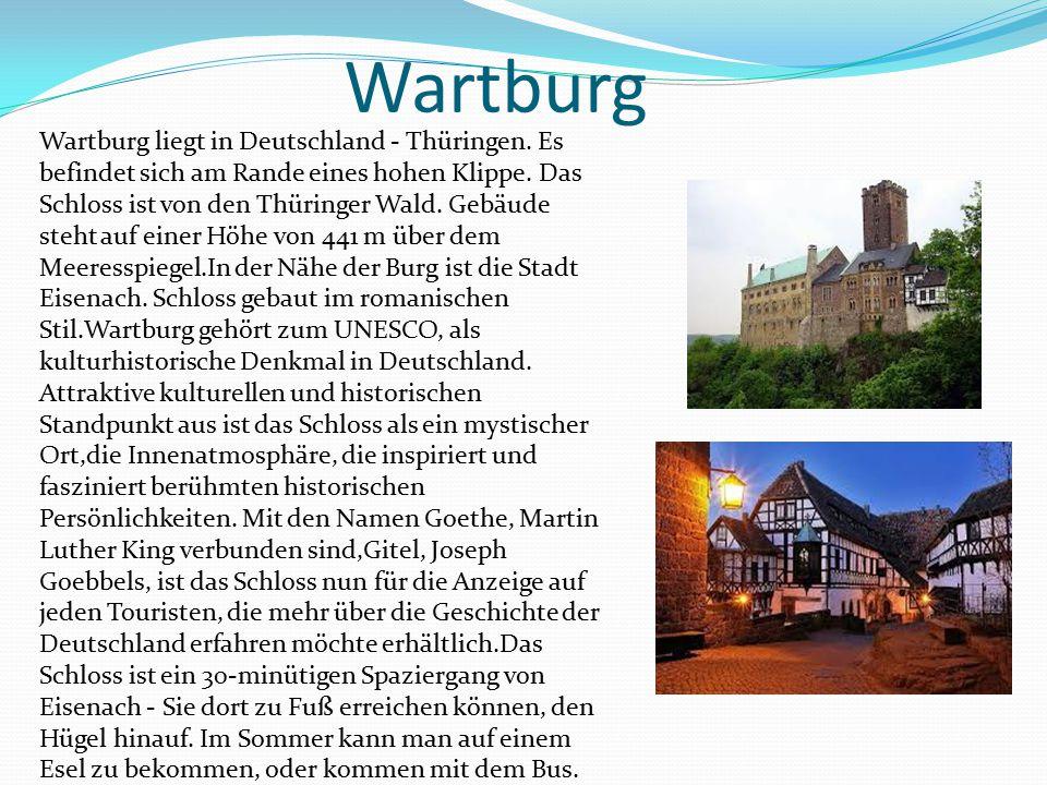 Wartburg Wartburg liegt in Deutschland - Thüringen. Es befindet sich am Rande eines hohen Klippe. Das Schloss ist von den Thüringer Wald. Gebäude steh