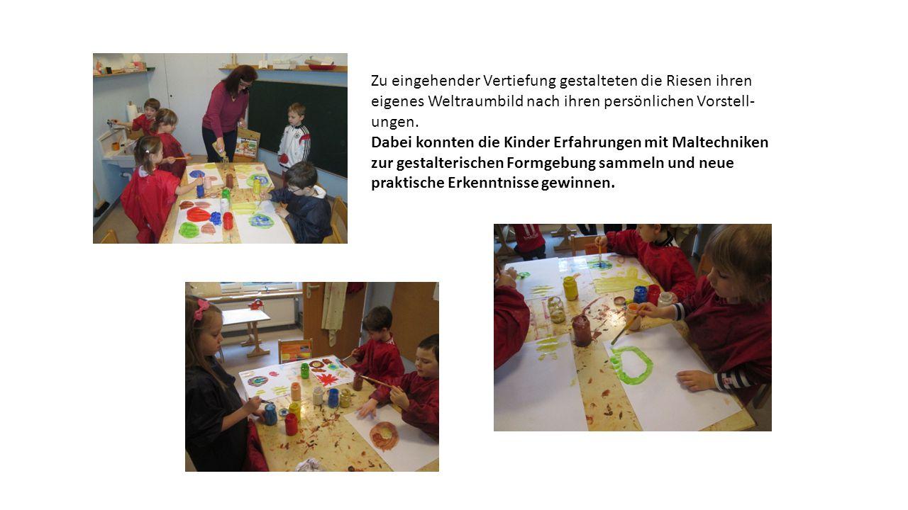 Gemeinsam wurde die weitere Gestaltung der Bilder besprochen und Ideen für die praktische Umsetzung gesammelt.