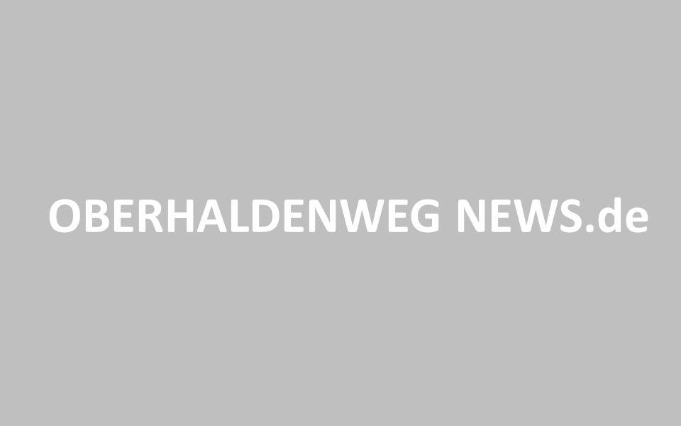 ALLE TÖNE VON Microsoft PowerPoint 2010 INFO BEENDEN ZURÜCK Version 1.5 Entworfen von OBERHALDENWEG NEWS.DEOBERHALDENWEG NEWS.DE Zuletzt geändert am 01.04.2015 Werbung: OBERHALDENWEG NEWS.de