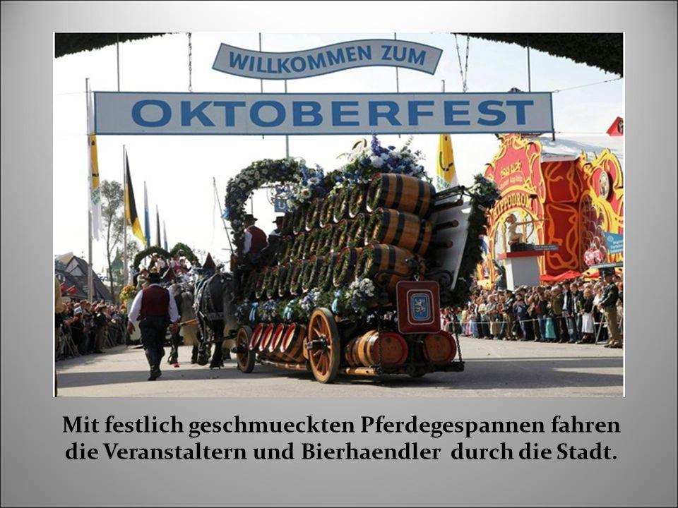 Beim Oktoberfest gibt es auch Attraktionen, interessante Gespraeche und Treffen.