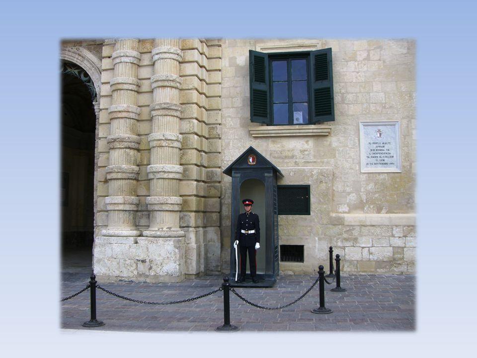 Dom Rotunda