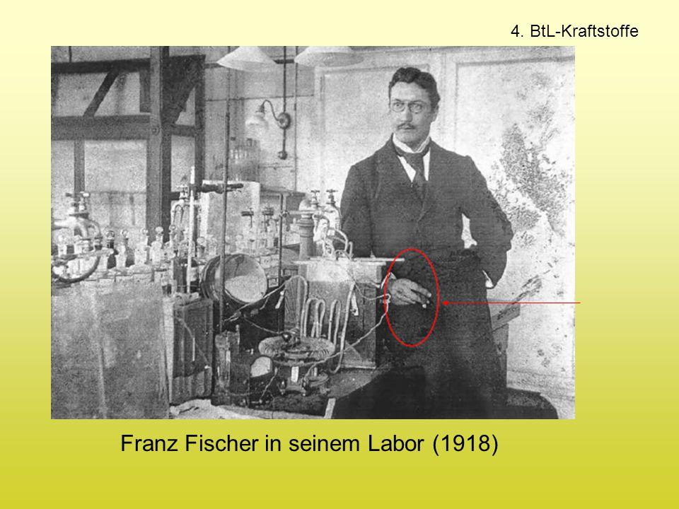 4. BtL-Kraftstoffe Franz Fischer in seinem Labor (1918)