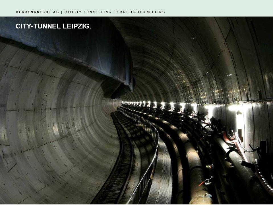H E R R E N K N E C H T A G   U T I L I T Y T U N N E L L I N G   T R A F F I C T U N N E L L I N G S-419 und S-420   Finnetunnel 2x Mixschild Durchmesser: 10.820 mm Tunnellänge: 2x 6.825 m Antrieb: 3.800 kW Nenndrehmoment: 10.914 kN Gesamtgewicht: 1.990 t Gesamtlänge: 111 m Geologie: Sandstein, Tonstein