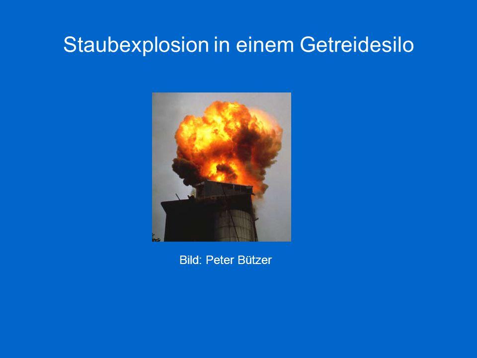 Staubexplosion in einem Getreidesilo Bild: Peter Bützer