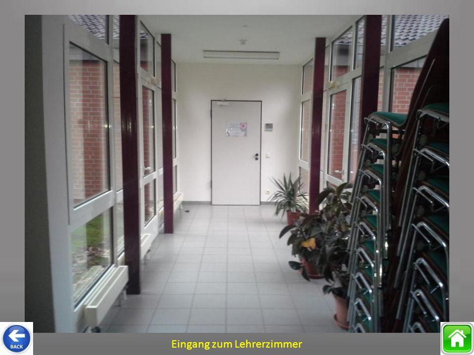 Eingang zum Lehrerzimmer