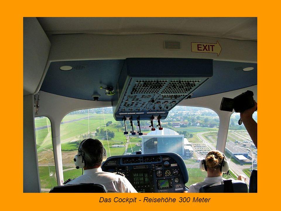 Einstieg in die Luftschiffgondel am Heck