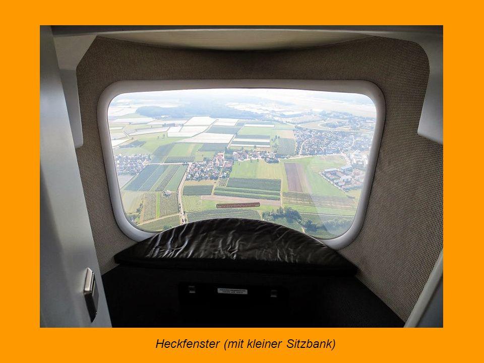 Das Cockpit - Reisehöhe 300 Meter