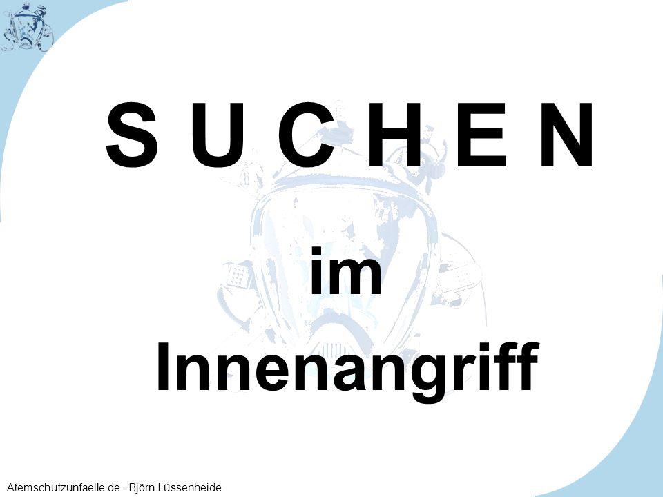 Atemschutzunfaelle.de - Björn Lüssenheide im Innenangriff S U C H E N