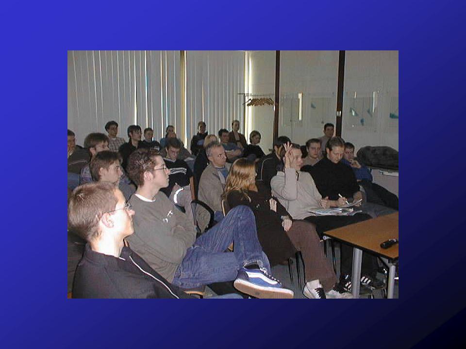 Herr Clement interessierte sich für die neuesten Entwicklungen der Informatik...