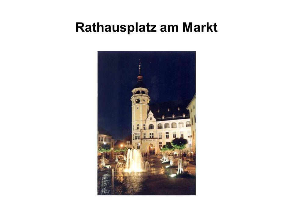 Rathausplatz am Markt