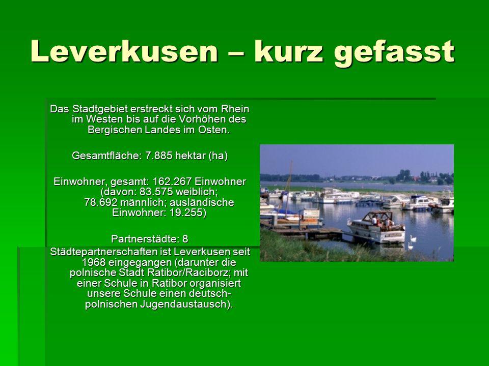 Leverkusen – kurz gefasst Das Stadtgebiet erstreckt sich vom Rhein im Westen bis auf die Vorhöhen des Bergischen Landes im Osten.