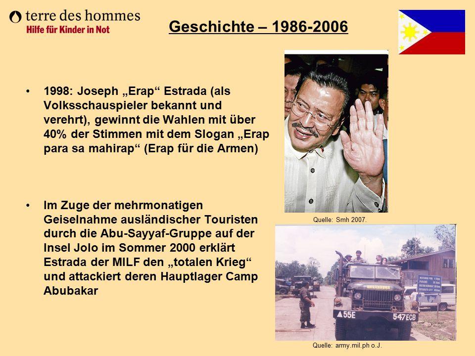 """1998: Joseph """"Erap"""" Estrada (als Volksschauspieler bekannt und verehrt), gewinnt die Wahlen mit über 40% der Stimmen mit dem Slogan """"Erap para sa mahi"""
