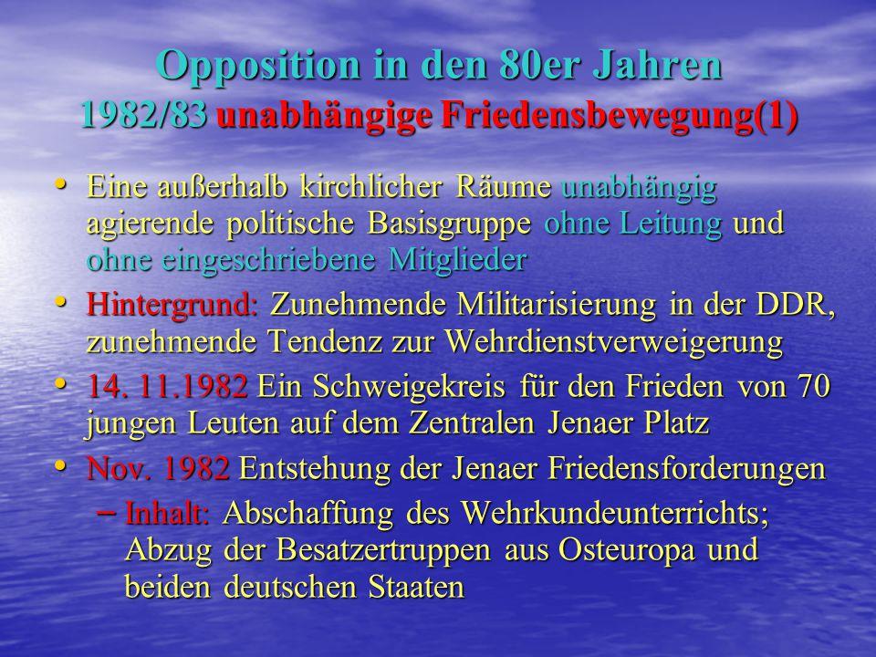 1936 geb. in Hamburg 1936 geb. in Hamburg 1953 Übersiedlung in die DDR 1953 Übersiedlung in die DDR 1955-1957 Studium der politischen Ökonomie an der